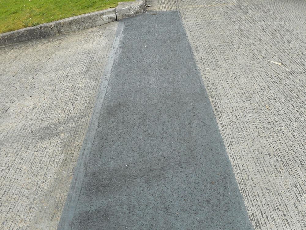 resin flooring versus concrete