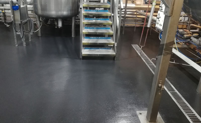 Picture of completed PU screed in charcoal