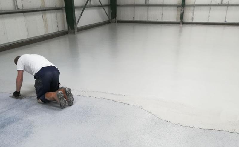 installing the heavy duty polyurethane screed