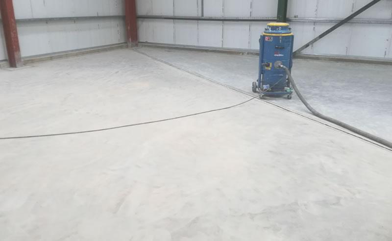 preparing the floor for the heavy duty polyurethane screed