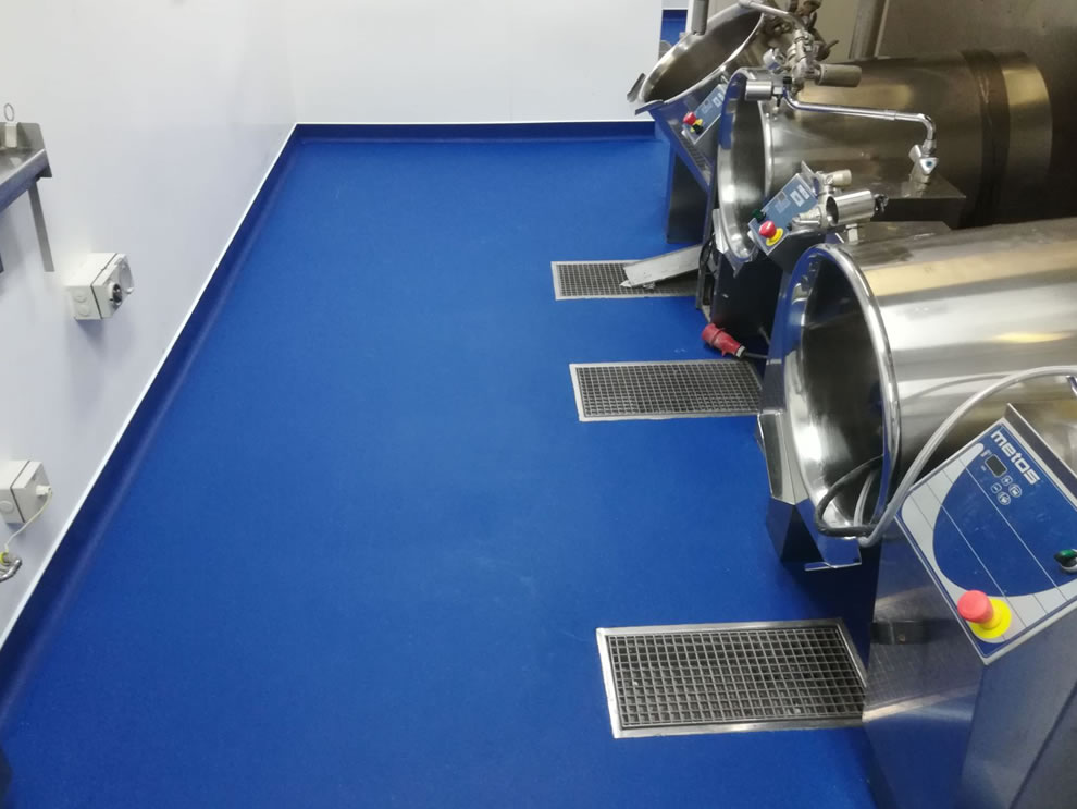industrial resin flooring used in a large hospital kitchen