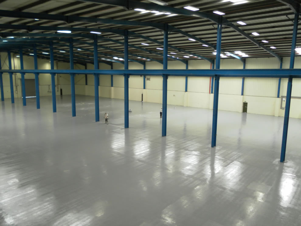 industrial resin flooring used in a large warehouse