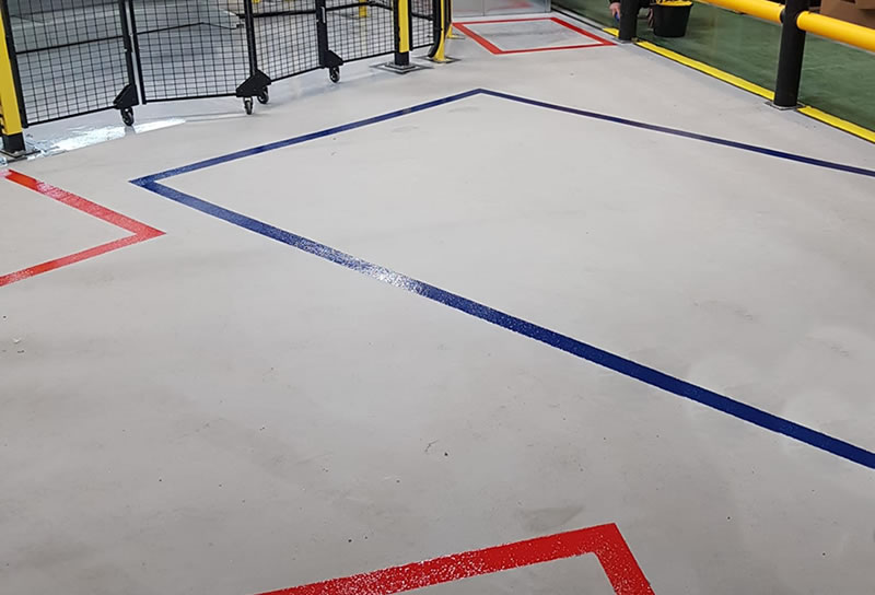 floor with red and blue lines